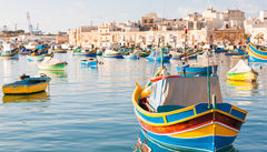 Tidlig morgon i fiskebyn Marsaxlokk, Malta.